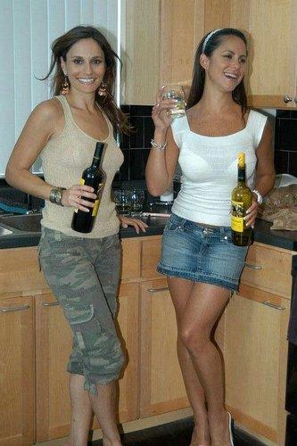 Nackte betrunkene Girls
