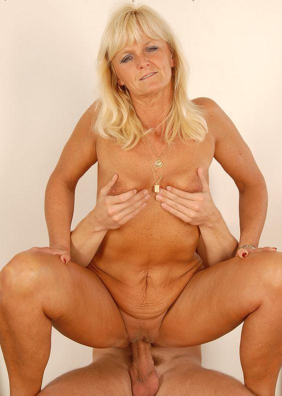 Hausfrauen Brüste